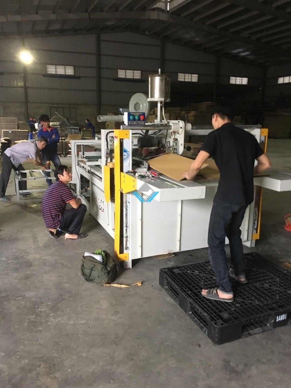 Máy dán thùng carton bán tự động ZXJ 1