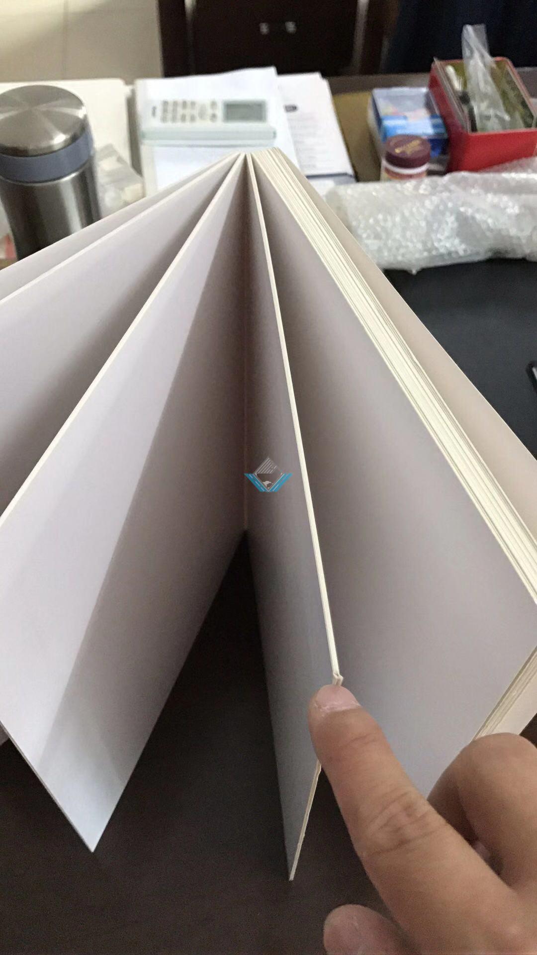 Máy làm sách trẻ em
