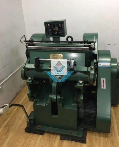 Máy bế hộp ML 750